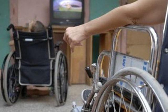 Niños con limitaciones físico-motoras se beneficiarán con la donación.