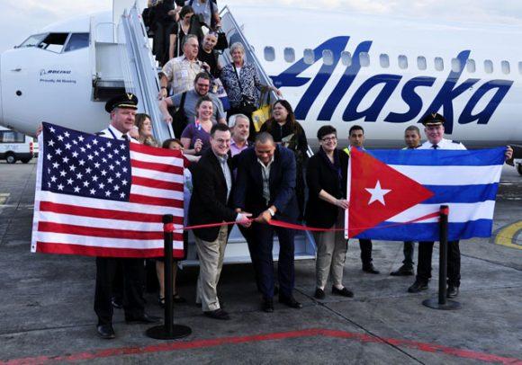 El avión de Alaska Airlines tiene alrededor de 150 capacidades y el vuelo arribará con frecuencia diaria. (Foto: Roberto Garaycoa/ Cubadebate)