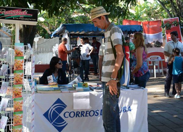 """Correos de Cuba muestra su quehacer en la Feria Tecnológica """"La Guayabera 5.0""""."""