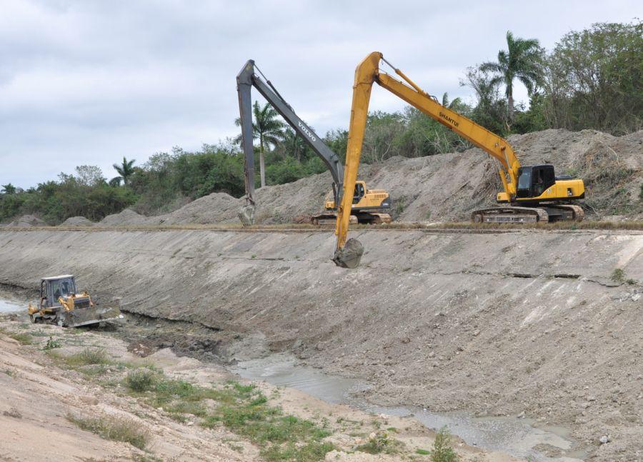 Por primera vez el Canal Magistral recibe una reparación de esta envergadura.
