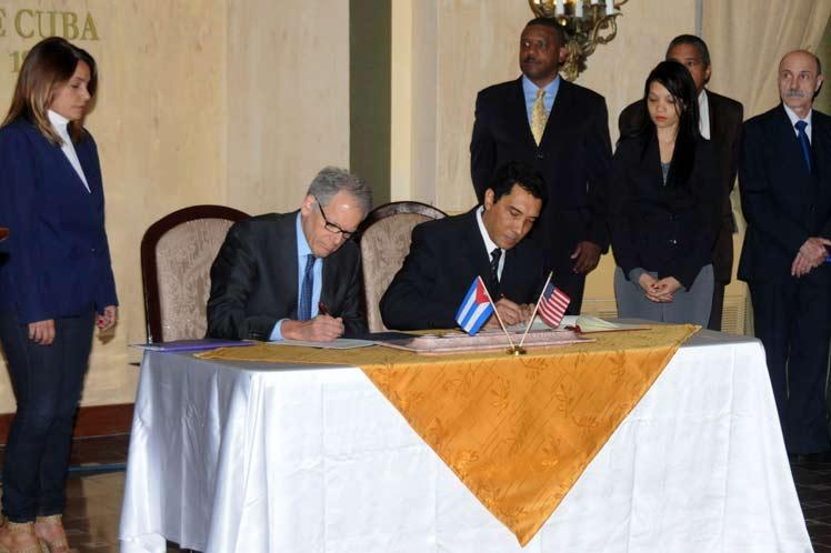 Esta firma constituye un paso positivo y una contribución al proceso de mejoramiento de las relaciones entre los dos países. (Foto: PL)