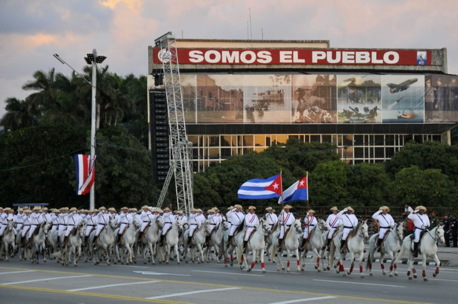 desfile-militar-4-foto-raul-rodriguez