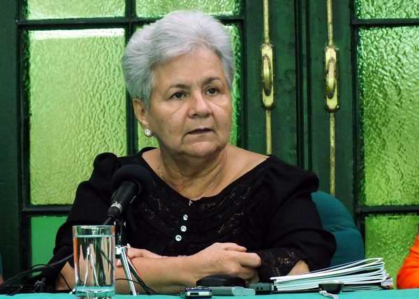 Gladys Bejerano enfatizó que una entidad solo puede ser eficaz cuando existe organización, disciplina, exigencia y planificación.