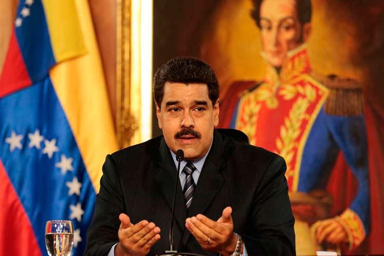 """Maduro afirmó que 'los pueblos caminan a su desarrollo al mismo ritmo que avanza su educación"""". (Foto: PL)"""