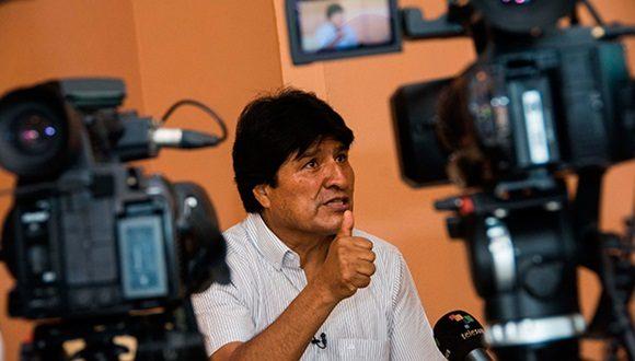 Evo Morales, Cuba, Bolivia