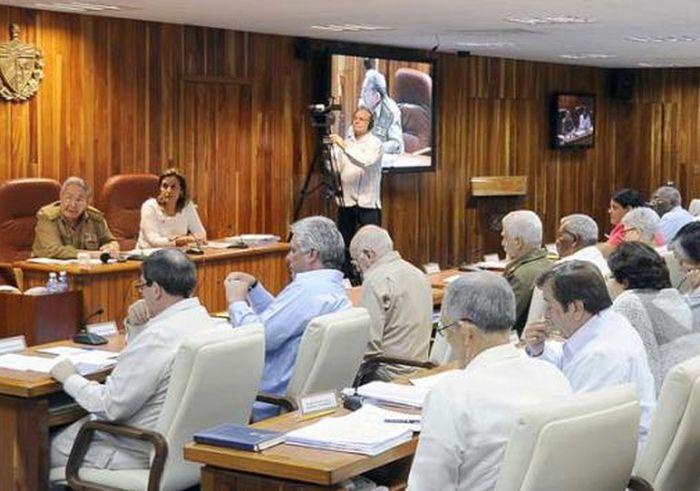 Aprueba consejo de ministros plan para enfrentamiento al for Clausula suelo consejo de ministros