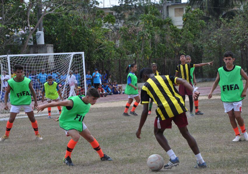 Fútbol, Unicef, Sancti Spíritus, género