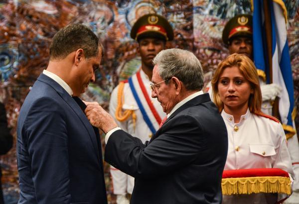 Cuba, Ecuador, Rafael Correa, Raúl Castro