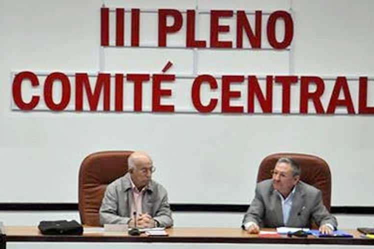 cuba, raul castro, pleno del comite central del partido, economia cubana
