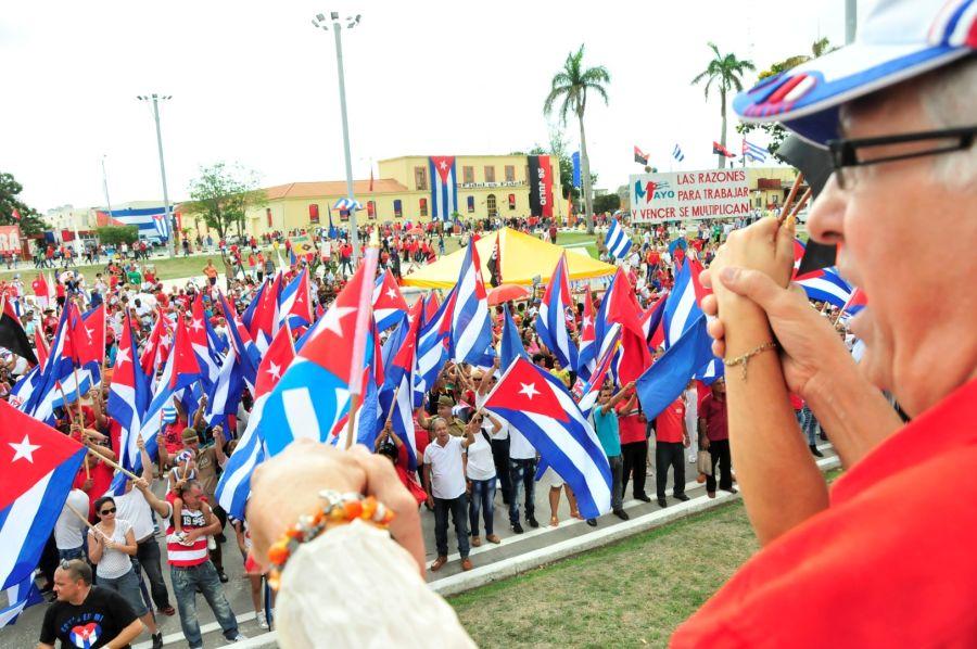 sancti spiritus, plaza mayor general serafin sanchez valdivia, primero de mayo, dia internacional de los trabajadores, fidel castro
