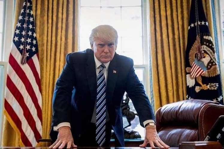 Casa Blanca se prepara ante posible destitución de Donald Trump, según CNN