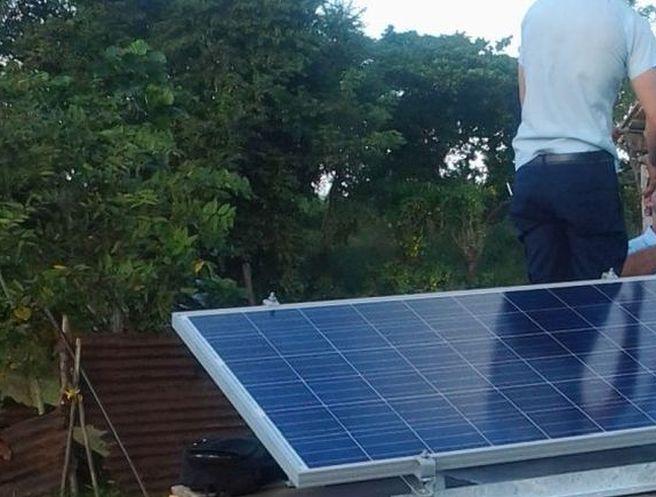 sancti spiritus, energia renovable, viviendas aisladas, paneles fotovoltaicos, electricidad, panales solares