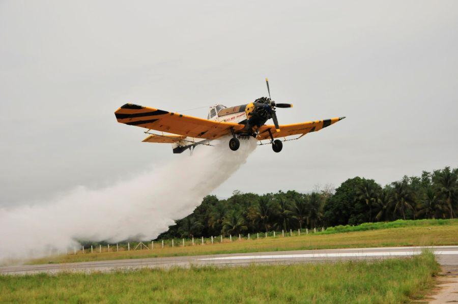 sancti spiritus, pilotos espirituanos, aviacion, arrocera sur del jibaro, incendio