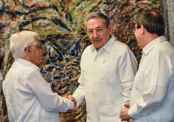 Eaúl Castro, embajadores, MINREX, Cuba