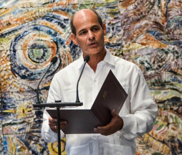 Cuba. MINREX, nuevos embajadores, Rogelio Sierra