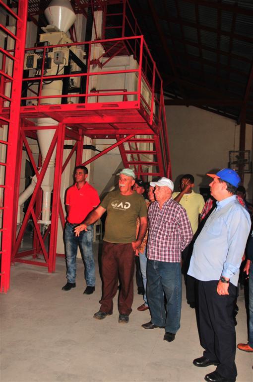 Machado Ventura, molino arrocero, Sancti Spíritus, Cuba