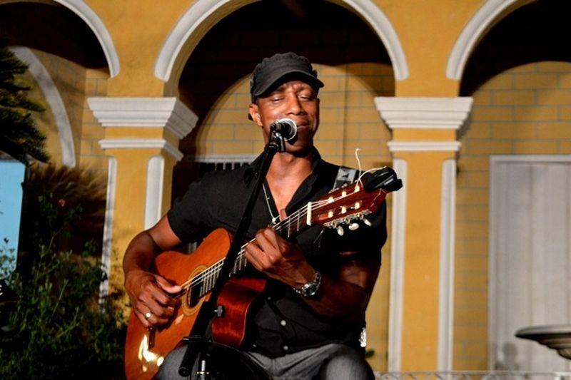 sancti spiritus, teatro principal, tony avila, musica cubana