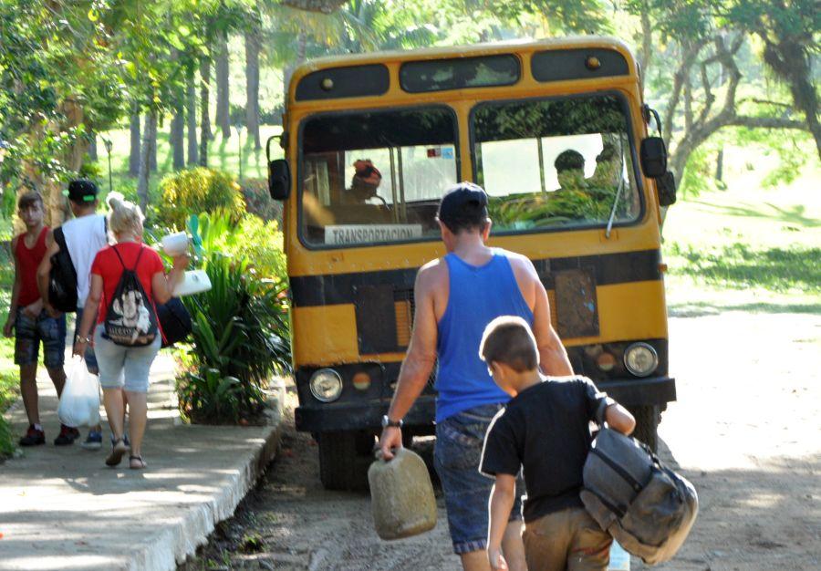 Transporte, pasajeros, verano, playas
