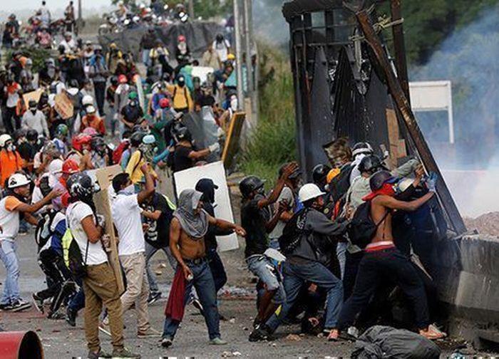 venezuela, violencia, derecha venezonala, fiscal general