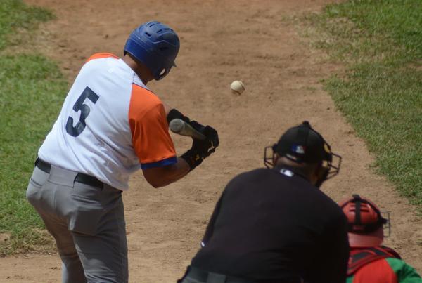 Gallos, béisbol, Sancti Spíritus, Eriel Sánchez