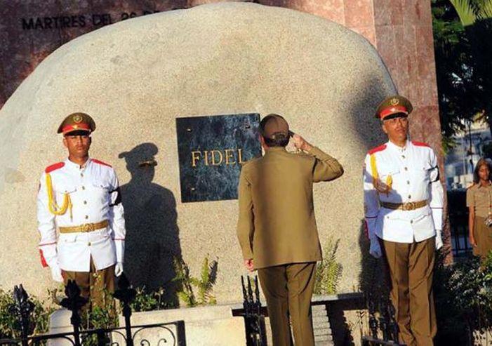 Raúl Castro, Fidel Castro, Santa Ifigenia, Santiago de Cuba