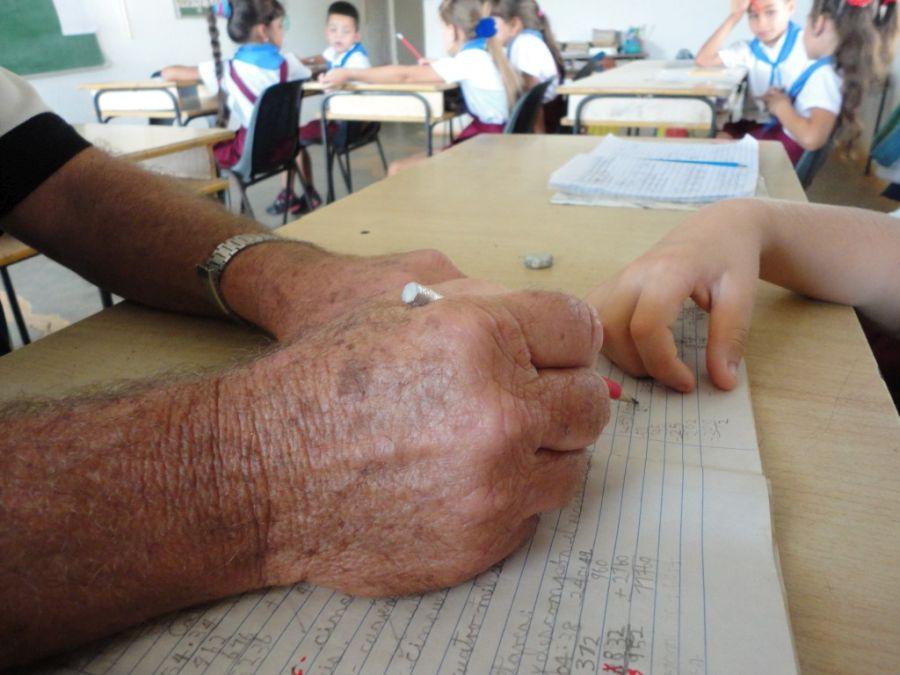 escambray, educación, educación primaria, sistema educación en cuba, estudiantes cubanos, niños cubanos, maestros cubanos
