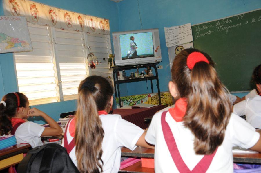 sancti spiritus, cobertura docente, maestros, profesores, enseñanza primaria, enseñanza secundaria basica, enseñanza tecnico profesional, preuniversitario
