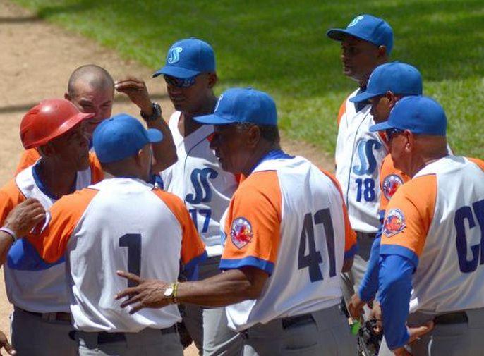 Béisbol, Gallos, Sancti Spíritus, Las Tunas, Serie Nacional
