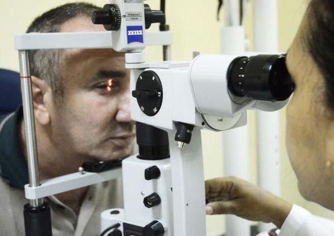 cuba, oftalmologia, fidel castro, hugo chavez, operacion milagro, instituto cubano de oftalmologia ramon pando ferrer, ignacio ramonet