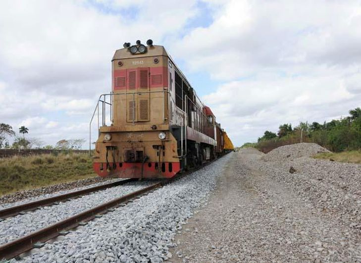 Cuba, ferrocarril, Rusia