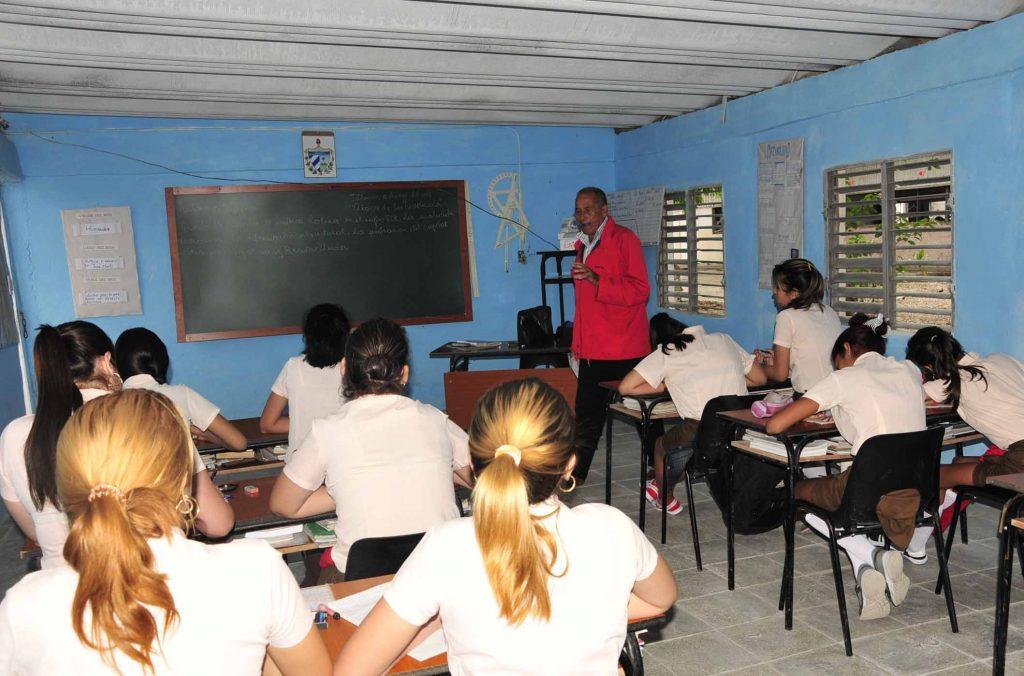 Sancti Spíritus, educación, curso escolar, Cuba
