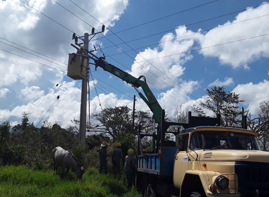 sancti spiritus, huracan irma, redes electricas, electricidad, yaguajay, servicio electrico
