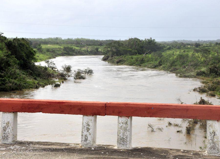sancti spiritus, huracan irma, rio zaza, intensas lluvias, defensa civil