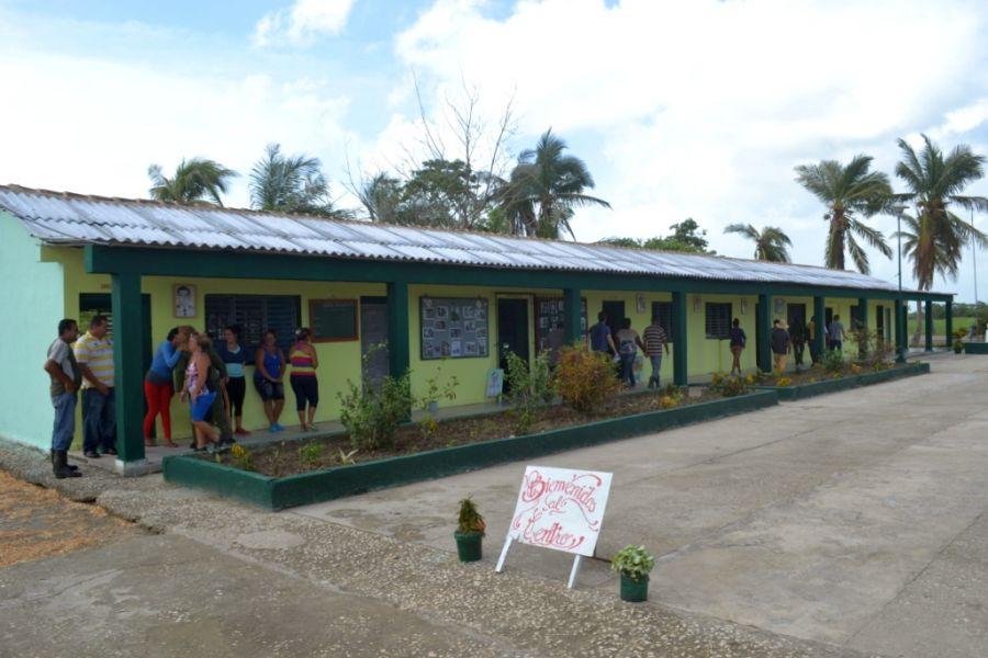 sancti spiritus, huracan irma, recuperacion huracan, yaguajay, materiales de la construccion