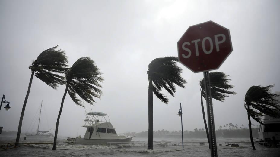 Puerto Rico, huracán María, Donald Trump, barcos, ayuda