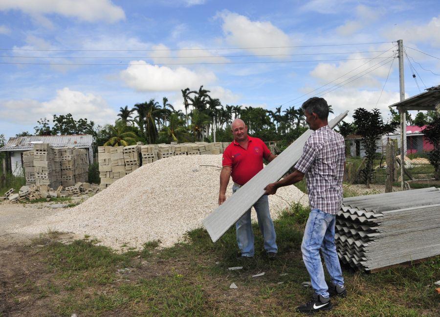 sancti spiritus, yaguajay, venegas, huracan irma, recuperacion, construccion de viviendas, ferrocarril, poder popular, materiales de la construccion