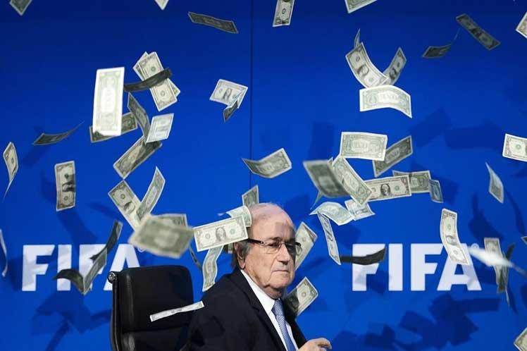Juzgan a tres implicados en escándalo de la FIFA en Nueva York