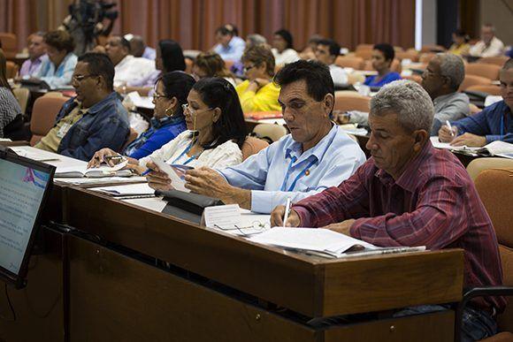 Asamblea Nacional, Parlamento, comisiones, Cuba