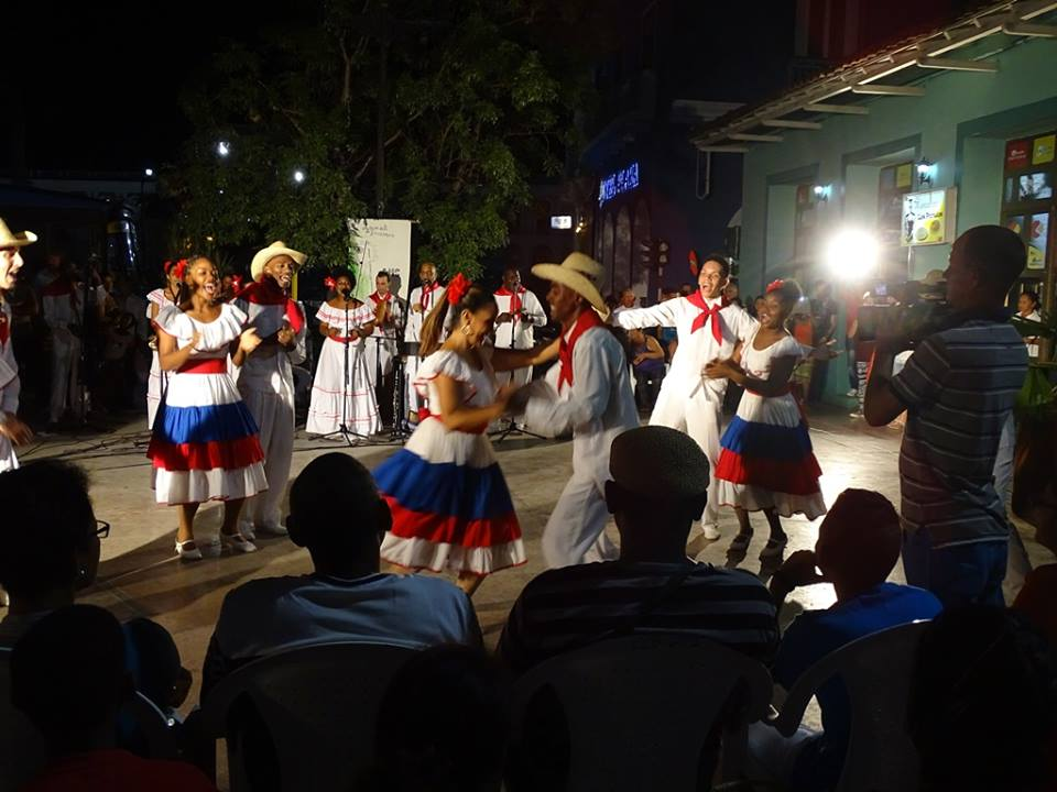 Folkloric Ballet of Camaguey dances in the home of the spin