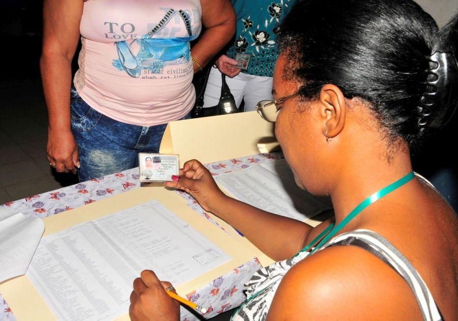 Constitución en Cuba de legislativos municipales para nuevo mandato