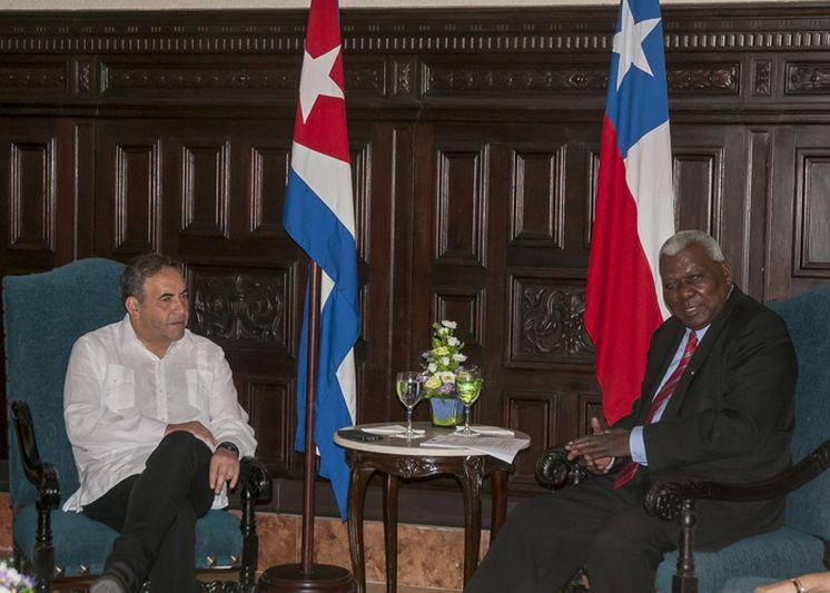 cuba, chile, parlamento cubano, esteban lazo