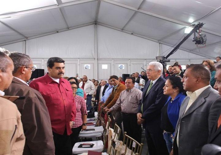 Venezuela, apagón, Nicolás Maduro, alcaldes, gobernadores