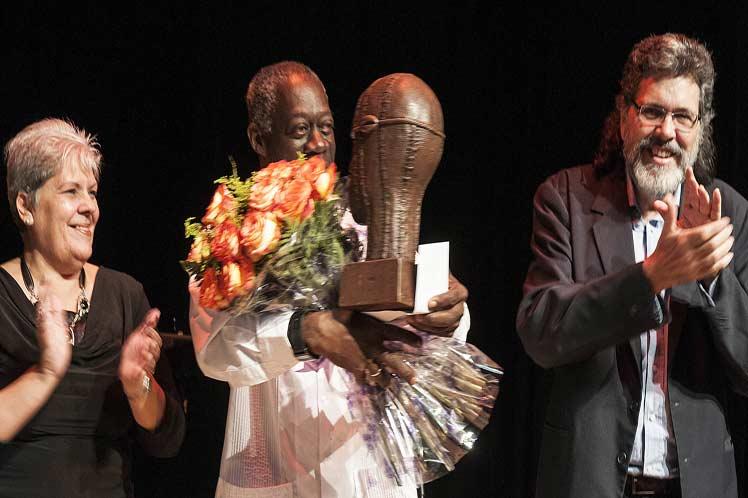 cuba, cultura, premio nacional de artes plasticas, eduardo roca choco