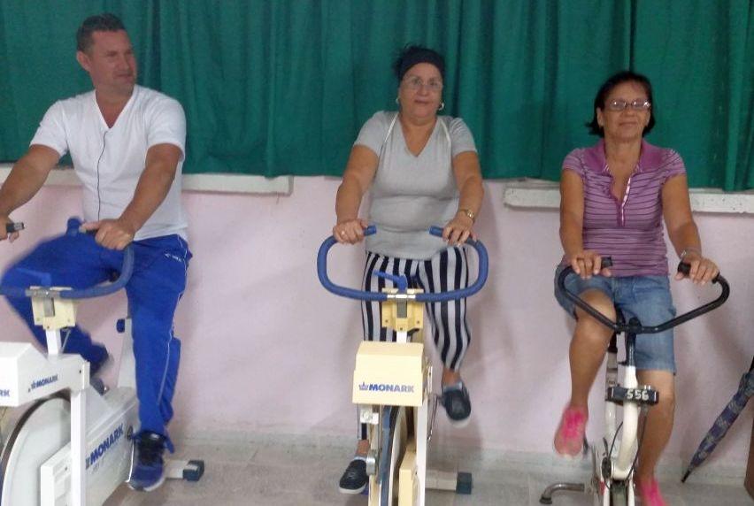 sancti spiritus, cardiologia, gimnasio de rehabilitación cardiovascular, hospital provincial camilo cienfuegos