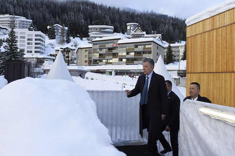 Juan Manuel Santos, Colombia, Davos, paz