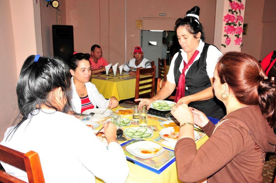 sancti spiritus, comercio y gastronomia, huracan irma, yaguajay