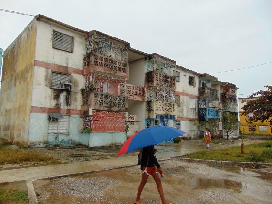 sancti spiritus, carta de los lectores, direccion municipal de la vivienda, edificios multifamiliares, huracan irma