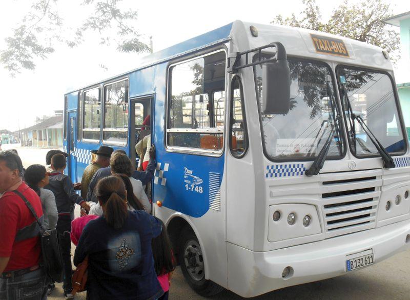 sancti spiritus, transporte urbano, taxibus, omnibus diana