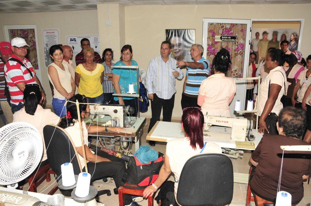 Camilo Cienfuegos, Yaguajay, industria ligera