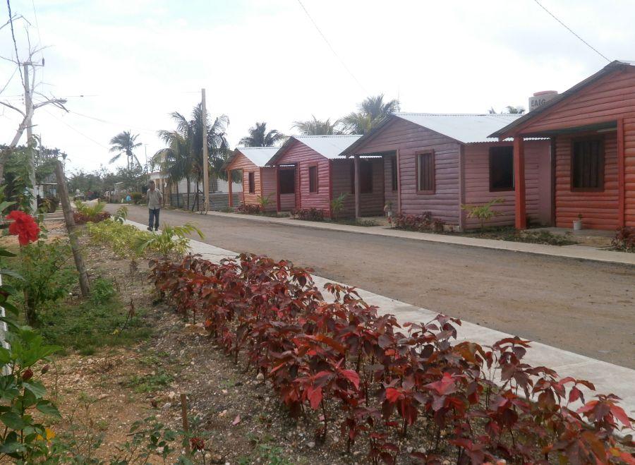 sancti spiritus, construccion de viviendas, yaguajay, huracan irma